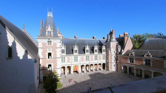 Blois_Innenhof_6979