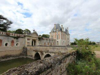 Haupttor, Château de Selles sur Cher, Loire