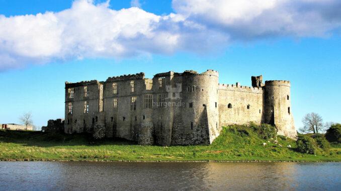 Carew-Castle-elisabethanische-Fassade_Bild-von-Greg-Montani-Pixabay_800