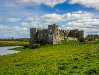 Carew Castle -normannische Fassade © Roman Grac / Pixabay