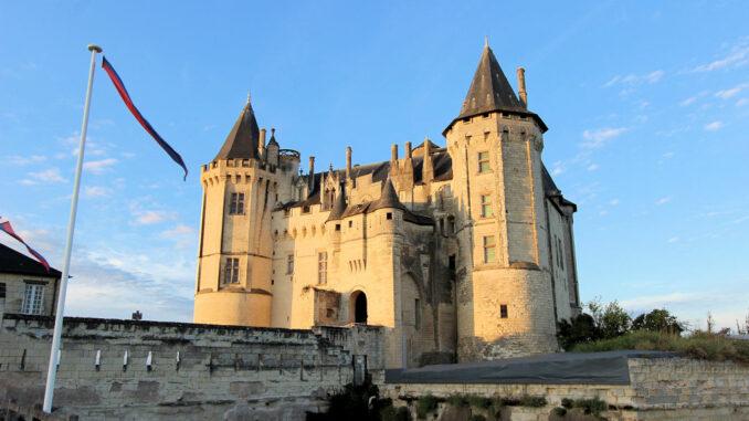 Chateau-de-Saumur_Aussenansicht_5279