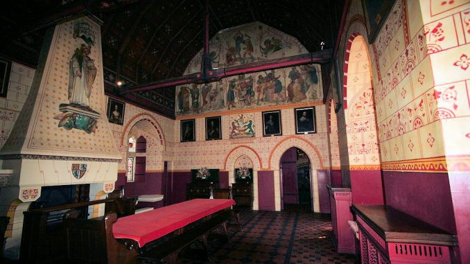 Castle-Coch_Grosse-Halle_0621