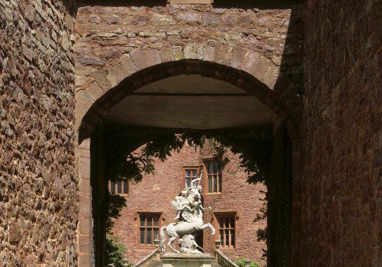 powis-castle-wales_76822_NTI-AndrewButler