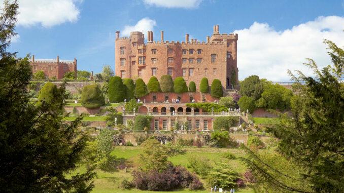 powis-castle-wales_779105_kv_NTI-Arnhelde-Serra