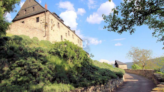 Burg-Greifenstein-07422_Weg-zur-Oberburg_2398