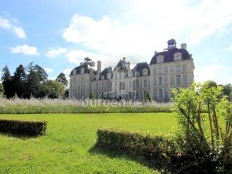 Chateau de Cheverny, Region Loire (Frankreich); Rueckseite