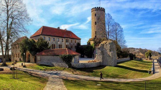 Sparrenburg_Burg-im-Sonnenschein_c-DerSilent_800