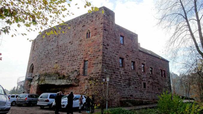 Burg-Wilenstein_Groundhopping-Merseburg_Aussenansicht_800