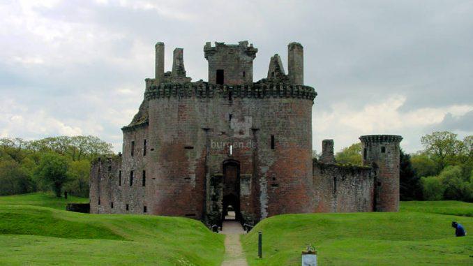 Caerlaverock-Castle_0040