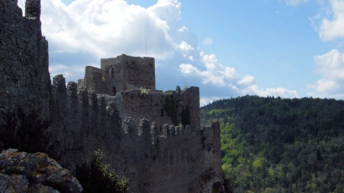 Chateau-Puilaurens_5742_Schildwall-aussen