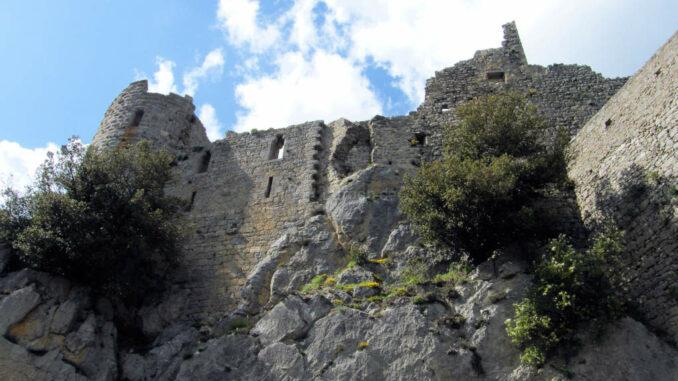 Chateau-Puilaurens_5801_Aufgang