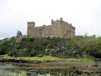 Dunvegan Castle, Ebbe in der Bay