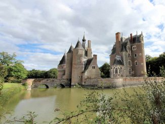 Château du Moulin, Seitenansicht