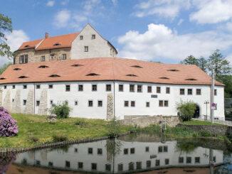 Schloss Klippenstein, Sachsen (Ansicht über den Graben hinweg