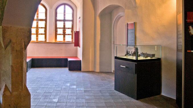 Schloss Klippenstein - Innanansicht Museum 001