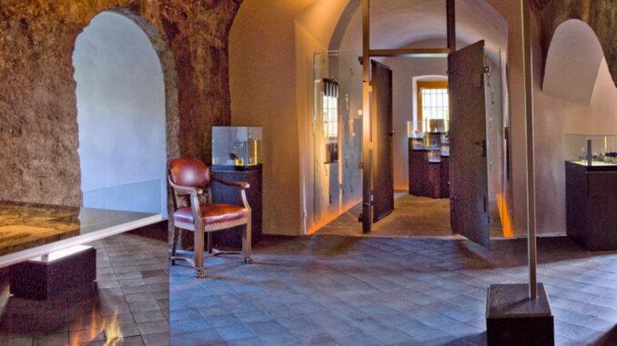 Schloss Klippenstein - Innanansicht Museum 002