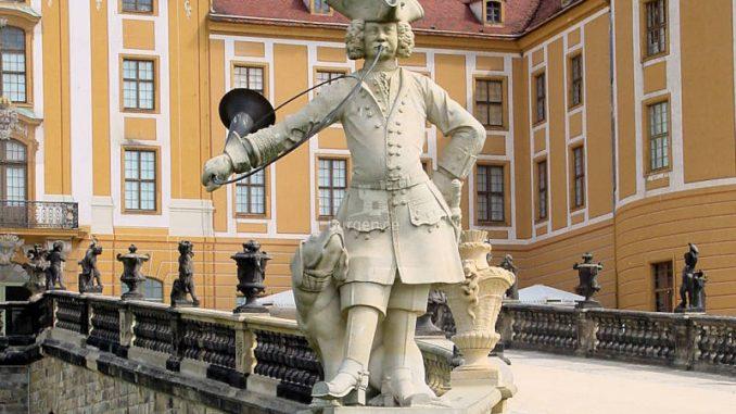 Schloss-Moritzburg_0008_Statue