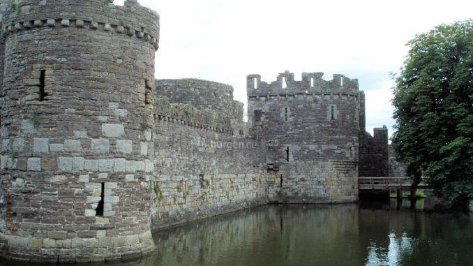 Beaumaris-Castle_Bruecke