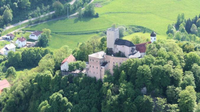 Burg-Falkenstein-93167_6453_Luftbild-1