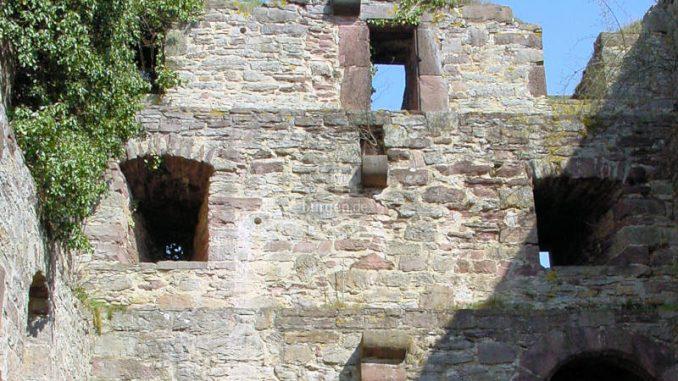 Burg-Grebenstein_Innenansicht