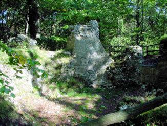 Burg Sachsenstein, Niedersachsen - Fundamente