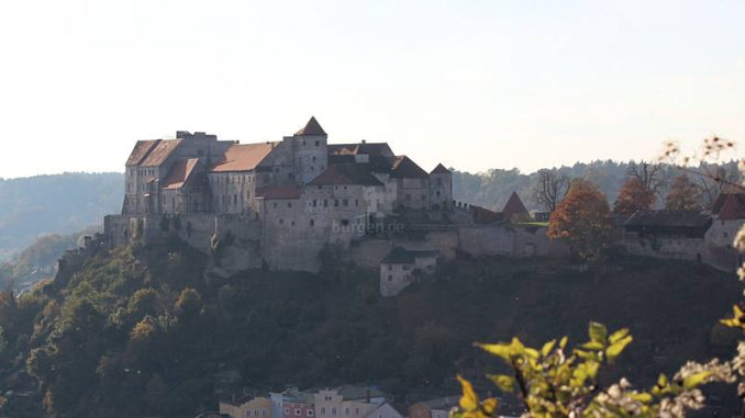 Burghausen_1482_Panorama-2