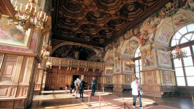 Chateau-de-Fontainebleau_9233_Kasettendecke