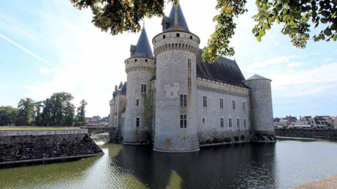 Chateau-de-Sully-sur-Loire_7449_Ostseite