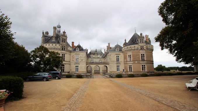 Chateau-du-Lude_4714_frontal