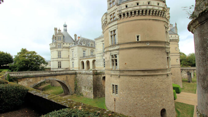 Chateau-du-Lude_4717_Haupteingang