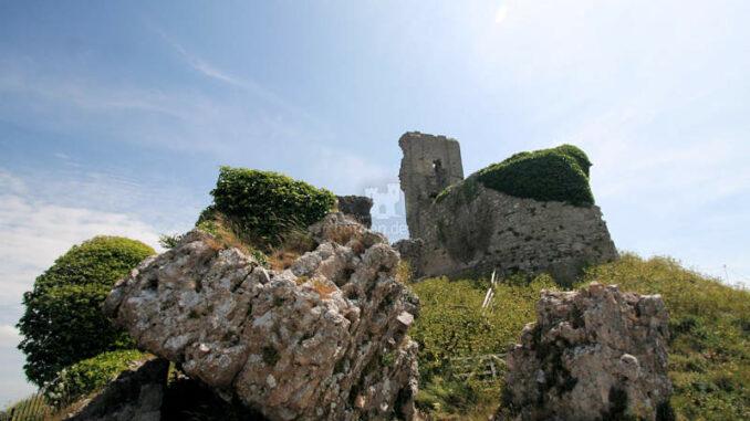 Corfe-Castle_1325_Details-1