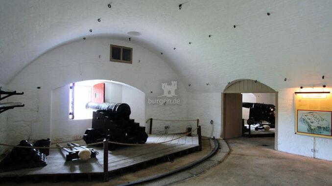 Dartmouth_1178_Kanone