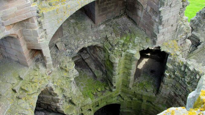 Dunstanburgh_0087_Torhaus