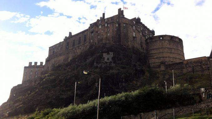 Edinburgh Castle (Schottland) Residenz der schottischen Monarchen für Jahrhunderte