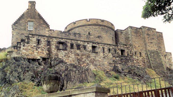 Edinburgh-Castle_005