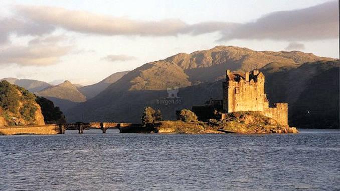 Eilean-Donan-Castle_003