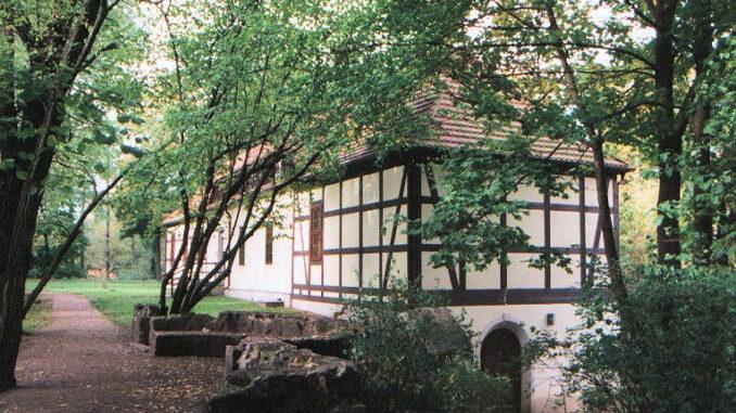 Festunf-Senftenberg_Kommandantenhaus-der-Festungsanlage_rev