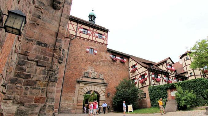 Kaiserburg-Nuernberg_130_oberes-Tor