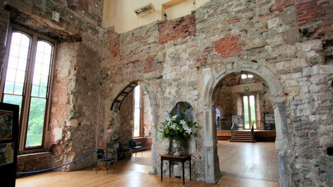 Lulworth-Castle_1337_Details-1