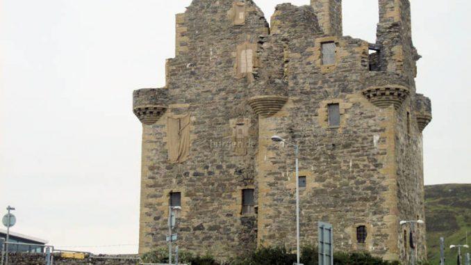 Scalloway-Castle_9136