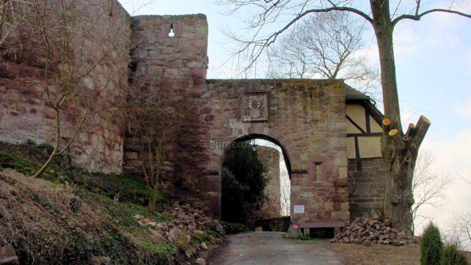 Schloss-Berlepsch_0078_Torhaus