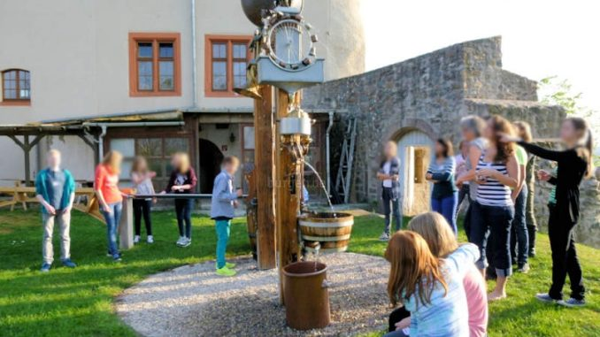 Schloss-Reichenberg_Klangbrunnen-2
