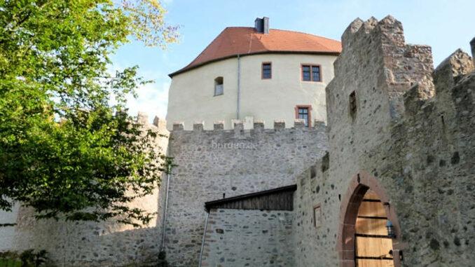 Schloss-Reichenberg_Torhaus