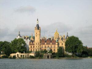 Schloss Schwerin im Abendlicht (Mecklenburg-Vorpommern)