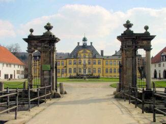 Schloss Söder, Niedersachsen - Eingangstor