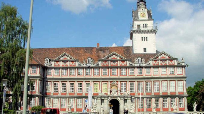 Schloss-Wolfenbuettel_Front_0020