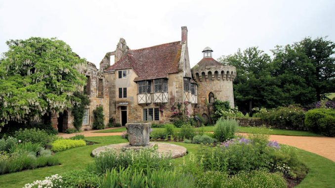 Scotney-Castle_0394_Eingang