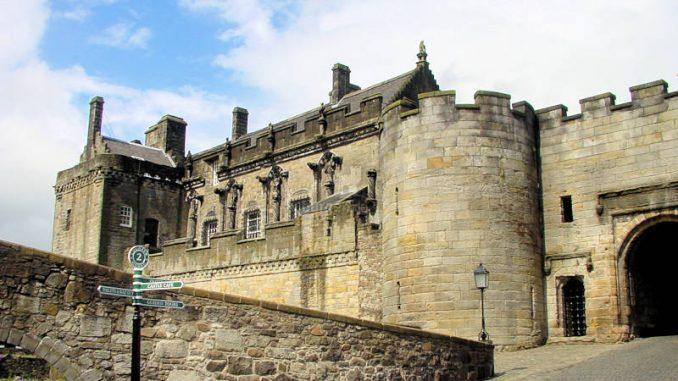 Stirling-Castle_0040_Palas