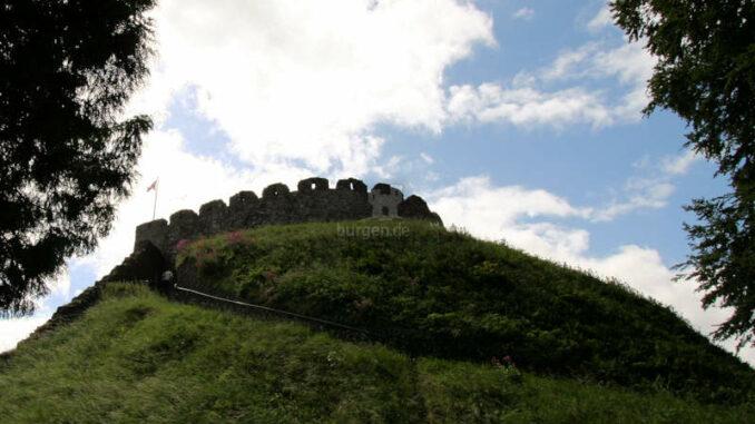 Totnes-Castle_1193_Aufstieg
