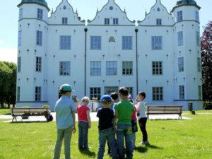 Schloss Ahrensburg, Sommerprogramm für Kinder